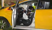 疑身體不適計程車自撞圍欄 駕駛無呼吸心跳