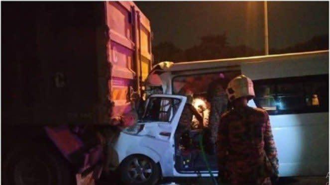 Kondisi mobil yang ditumpangi Kento Momota dalam kecelakaan parah di Malaysia