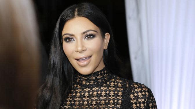 Kim Kardashian baru saja mendapatkan penghargaan CFDA Influencer Award, membuatnya justru bingung (AP Photo)
