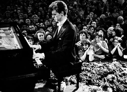 Classical Pianist Van Cliburn Dies Of Bone Cancer