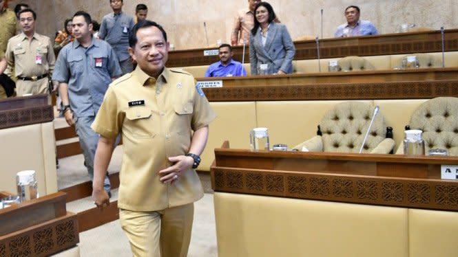 Mendagri Tito Tunda 3.000 Pilkades di Seluruh Indonesia