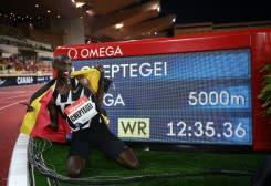 Cheptegei, Gidey jadi bintang di Valencia yang dipenuhi pemecahan rekor