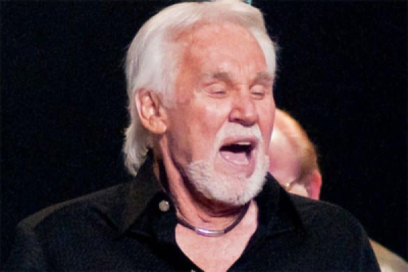 Legenda Musik Country Kenny Rogers Meninggal Dunia