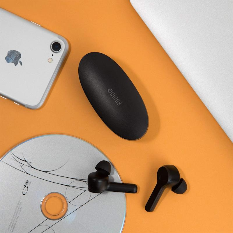 Dudios Bluetooth 5.0 True Wireless Earbuds. Image via Amazon.