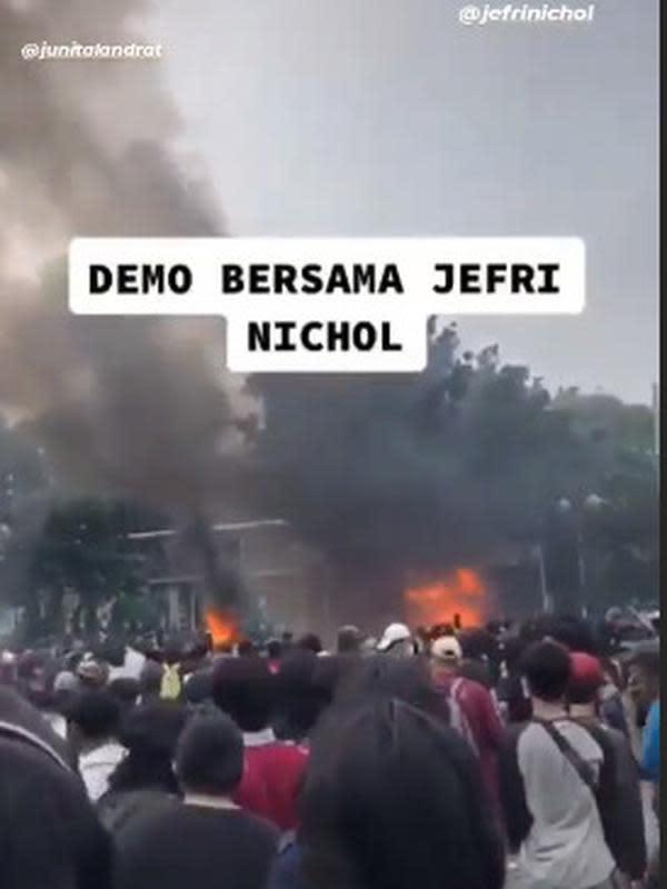 Momen Jefri Nichol Ikut Demo (Sumber:Instagram//jefrinichol_idol/