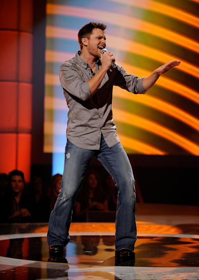 "Brent Keith performs ""Hicktown"" by Jason Aldean on ""American Idol."""