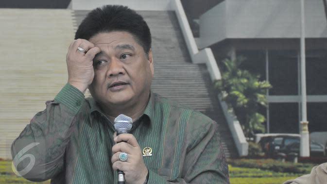Siapa Ridwan Hisjam, Caketum Golkar Rival Airlangga?