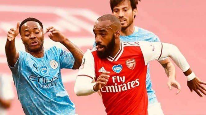 Alexandre Lacazette dalam duel Arsenal vs Manchester City