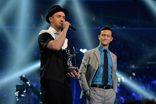 8 Things You Didn't See at the 2013 MTV Video Music Awards
