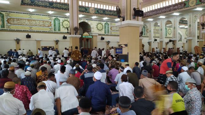 Pemkot Jakbar Jamin Konsumsi Jemaah yang Diisolasi di Masjid Tamansari