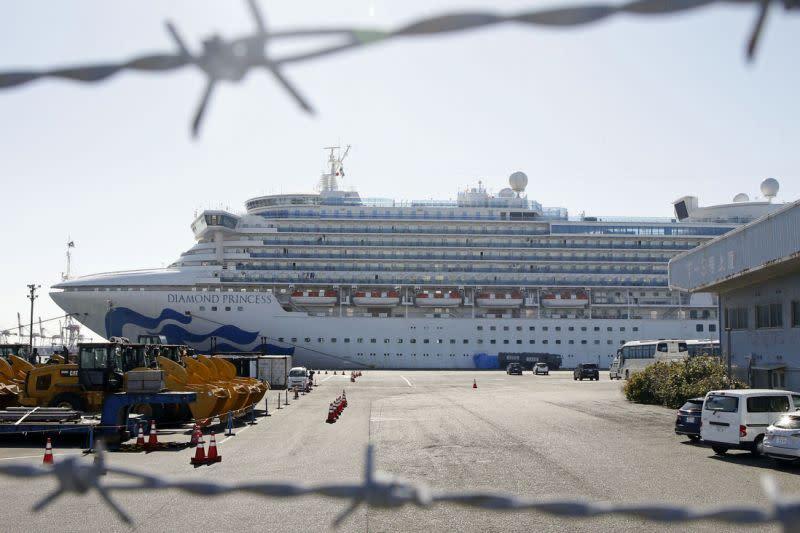 Mengapa kapal pesiar sangat berbahaya saat ada wabah virus?