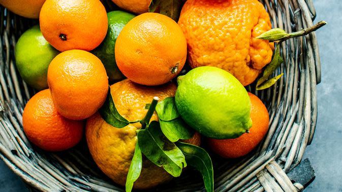 ilustrasi buah jeruk/Photo by Monika Grabkowska on Unsplash