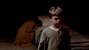 「20名病童半夜集體中邪」 《6號鬼病床》揭醫院地下室駭人真相