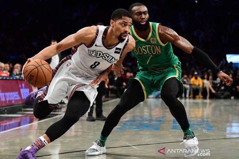 Kyrie Irving absen, Spencer Dinwiddie sokong Nets tundukkan Celtics