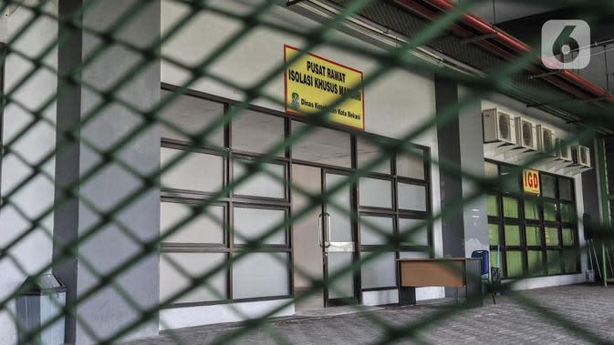 Pusat Rawat Isolasi Khusus Mandiri di Stadion Patriot Candrabhaga, Bekasi, Rabu (23/9/2020). Dinas Kesehatan Bekasi menyiapkan 57 tempat tidur di rumah sakit darurat itu untuk pasien Covid-19. (merdeka.com/Iqbal Nugroho)