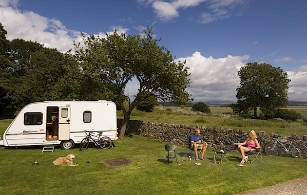 Britain by Caravan: RV Parks a Cozy Option for Sightseers
