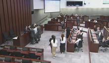 【立法會委員會選舉】許智峯取走票箱選票 秘書處報警