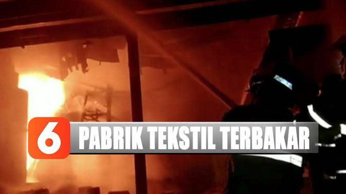 Diduga Mesin Produksi Meledak, Pabrik Tekstil di Bandung Barat Terbakar