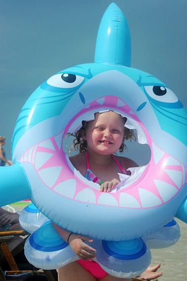 EXCLUSIVE: **NO WEB Until 1PM PST**Honey Boo Boo and Family hit the beach in Tybee, Georgia