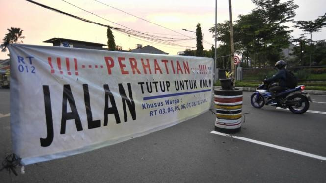 Kasus Corona Tak Kunjung Turun, Surabaya Siapkan Lockdown Kecamatan