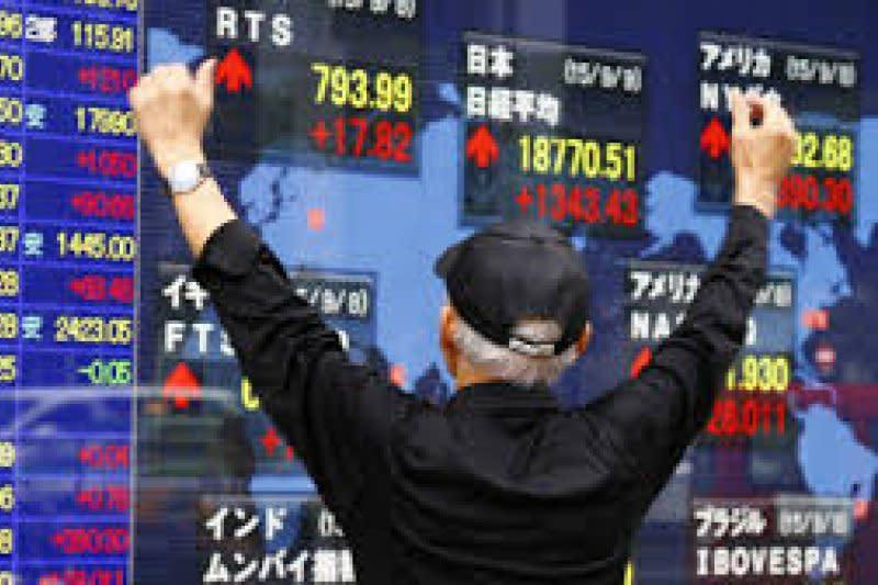 Saham Tokyo ditutup melambung, ditopang pelemahan yen terhadap dolar