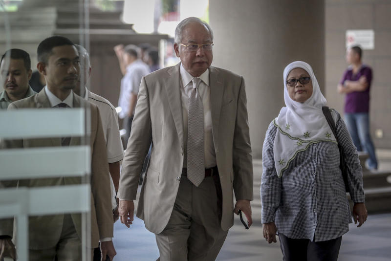 Datuk Seri Najib Razak is pictured at the Kuala Lumpur High Court Complex June 19, 2019. — Picture by Firdaus Latif
