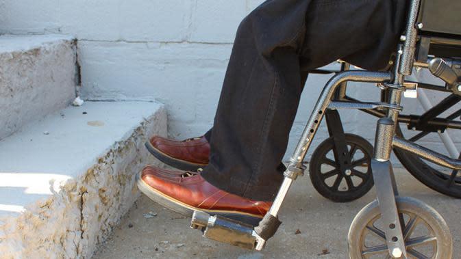 Masih banyak keterbatasan yang dihadapi penyandang disabilitas. Apa yang bisa kita lakukan untuk membantu mereka?
