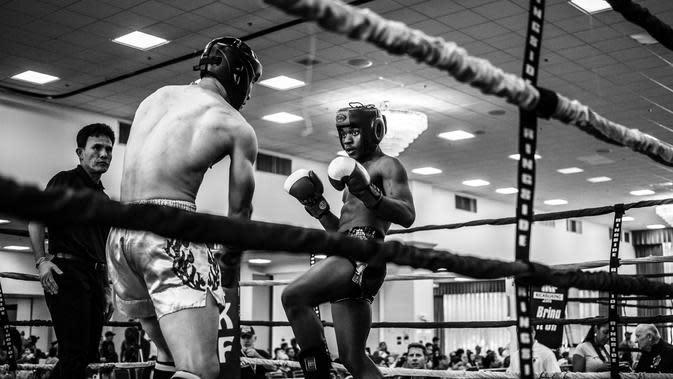 Muay Thai (Photo by Wade Austin Ellis on Unsplash)