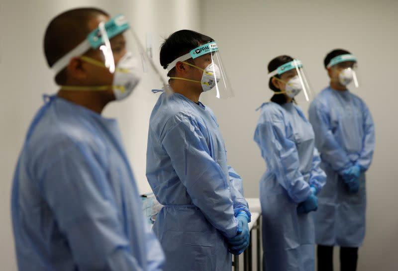 Singapore confirms 799 new coronavirus cases