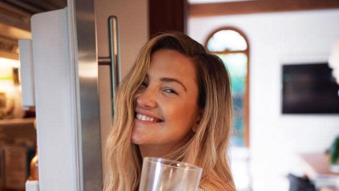 Mengintip 6 Langkah Dapatkan Kulit Sehat dan Glowing ala Kate Hudson