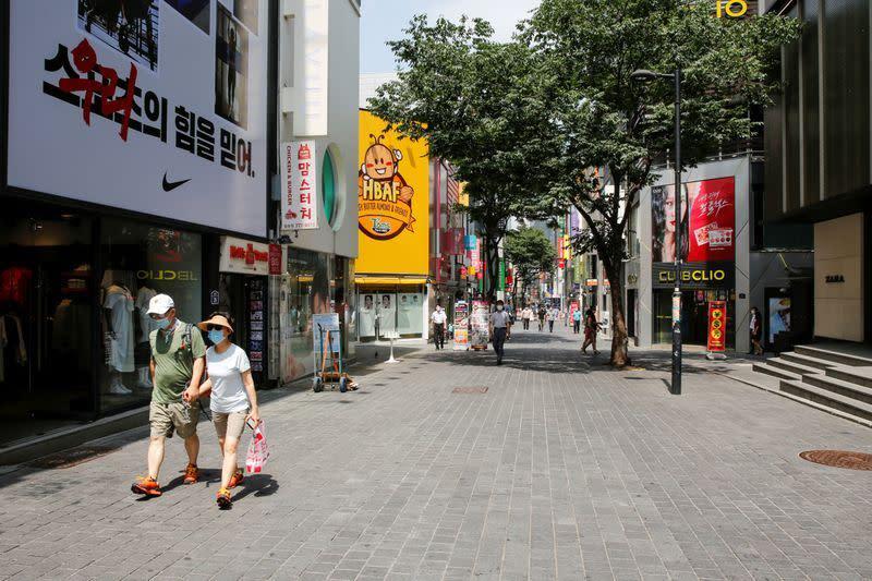 Infeksi virus corona Korea Selatan menyebar secara nasional dari klaster gereja
