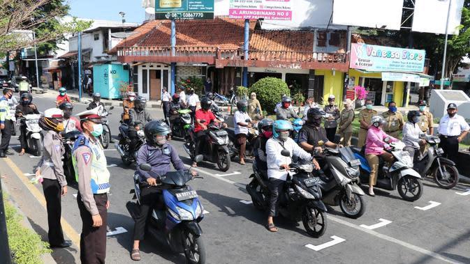 Lampu Merah Rasa 'Starting Grid' Sirkuit Balap Motor di Kebumen. (Foto: Liputan6.com/Humas Polres Kebumen)