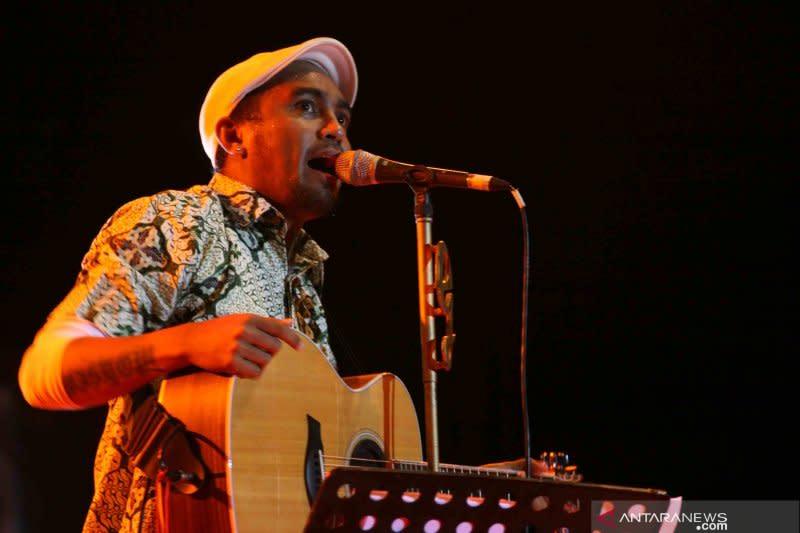Pandemi, Glenn Fredly berencana hibur Indonesia lewat konser virtual