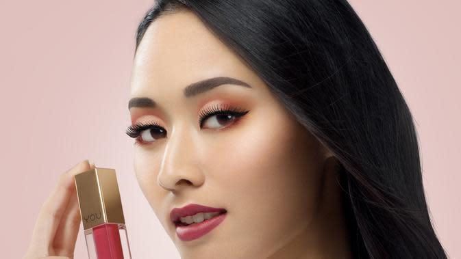 Simak tren makeup yang lebih colorful untuk mengekspresikan diri selama pandemi (Foto: YOU Makeups)