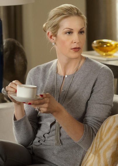 Gossip Girl Superlatives - Worst Parent: Lily Van der Woodsen