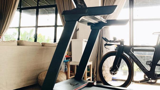 Ruang gym di rumah Ayudia Bing Slamet dan Ditto Percussion. (Instagram.com/dittopercussion)