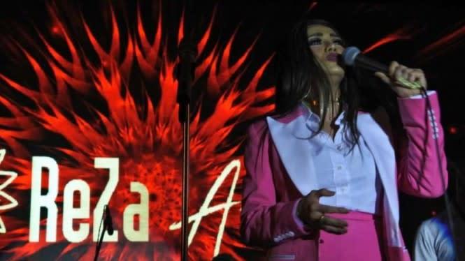 Jenguk Reza Artamevia, Keluarga Ungkap Kondisi Aaliyah dan Zahwa