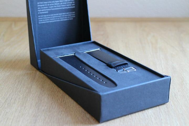 best Apple Watch bands Native Union Active Strap box