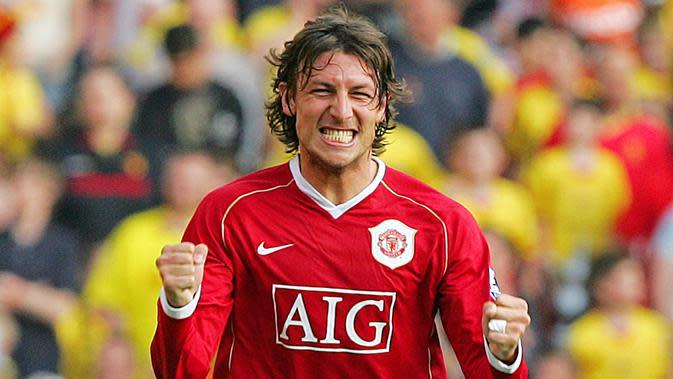 Gabriel Heinze - Heinze adalah pemain bertahan yang punya tampil bagus saat membela Manchester United pada 2004-2007. Karier cemerlangnya berakhir seiring gangguan cedera yang membuatnya terlempar dari tim inti The Red Devils. (AFP/Carl De Souza)