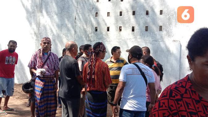 Sanksi untuk Pengusaha yang Tutup Tempat Ritual Adat 7 Suku Desa Tana Duen Sikka