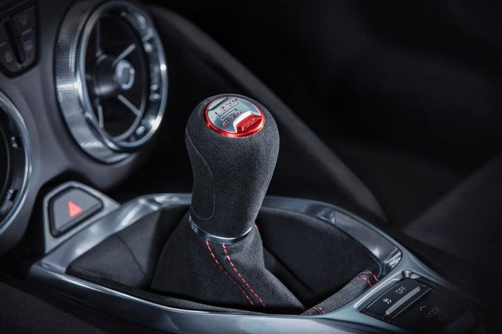 Automatic vs. manual: The gear shift in a Chevrolet Camaro ZL1