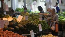 打風後街市商販指做少半日生意 菜檔滯銷海鮮加價