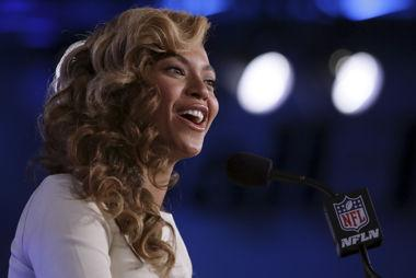 Why Beyonce Isn't Getting Paid For Her Super Bowl Halftime Gig