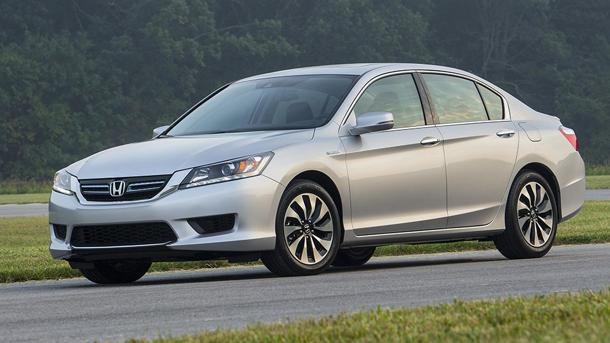 2014 Honda Accord Hybrid, your 50-mpg family sedan: Motoramic Drives