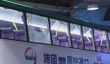 沙田新城市廣場巴士疑失控撞鐵架七人輕傷