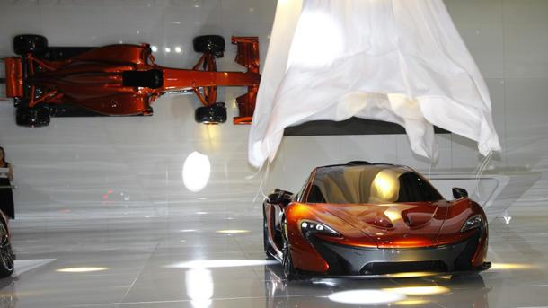 McLaren P1, a Le Mans racecar for the street, edges into the spotlight