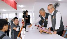 視察波麗士體技訓練 徐耀昌勉鍛鍊強健體魄護治安