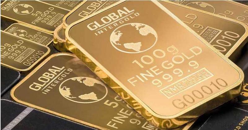 國際金價再破歷史新高,一度上飆至每盎司2030美元。(圖/pexels)