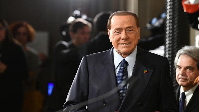 Silvio Berlusconi kecewa pada pemilik baru AC Milan. (AFP / VINCENZO PINTO)