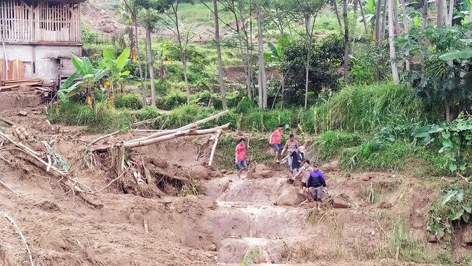 Korban Bencana di Sukajaya Bogor Meninggal Tertimbun Longsor Susulan